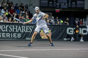 Roddick wins in Dallas