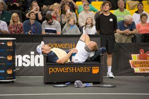 Roddick Defeats Blake - Champions Cup 2015 - PowerShares Series Tennis